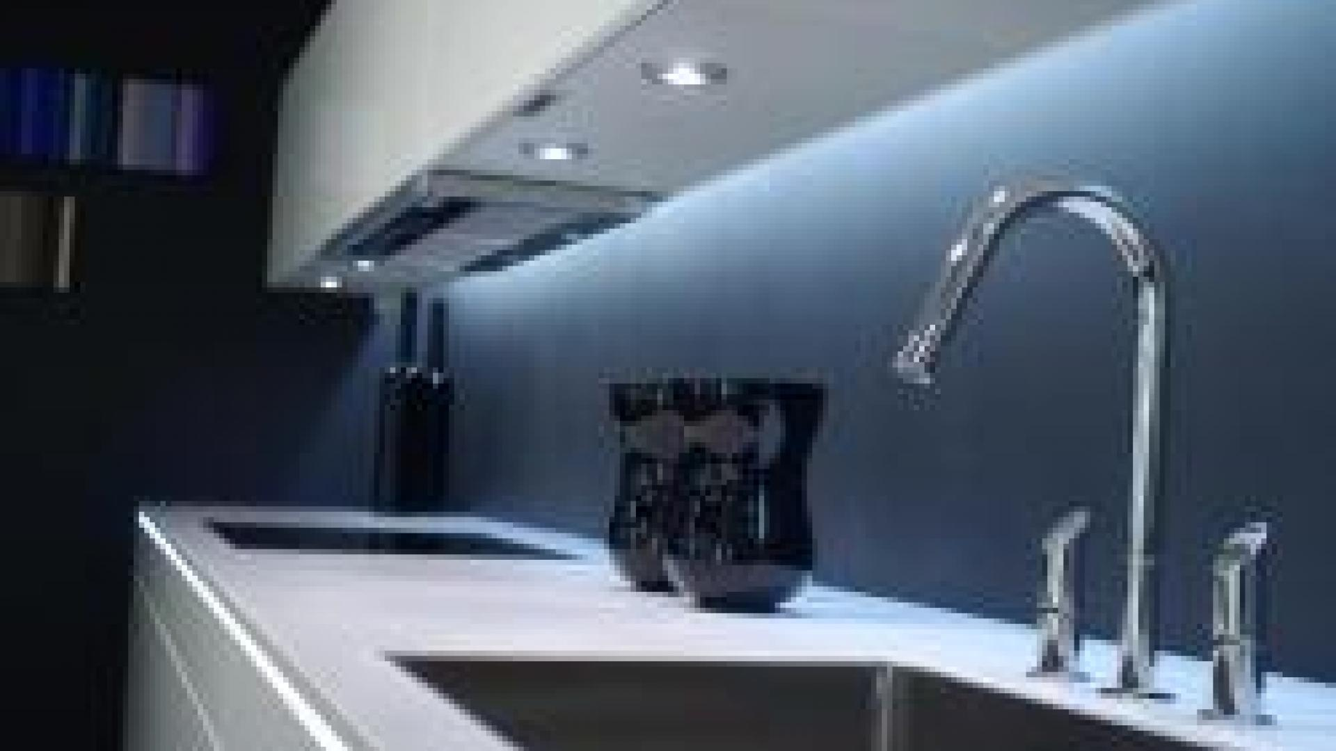 Led Strip Keuken : Lighting for your your kitchen or living room with a led strip